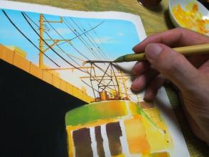電線やパンタグラフを描きます。電線は直線ではなくて、たるんでいるのがポイントです